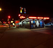 Popular Chicago hot dog place one night by Sven Brogren