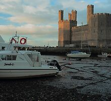 CASTLE AND BOATS by andysax
