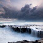 Fishermans Rock  by earlcooknz