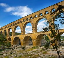 Pont du Gard by Dave Hare