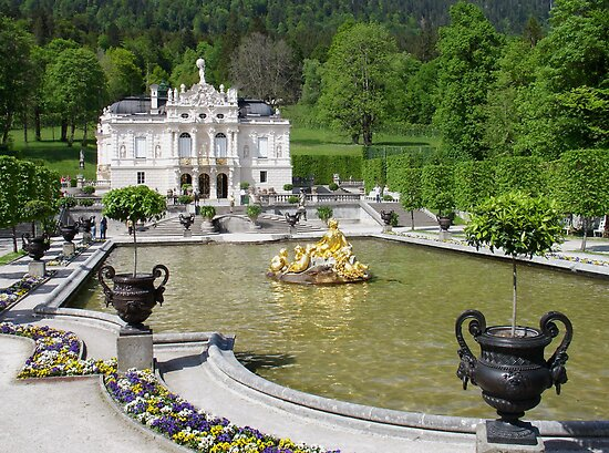Royal Castle of Linderhof  by Ellanita