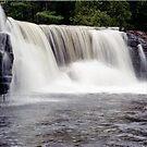 waterfall  by yamiyalo