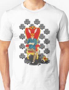 The Irish hare on the throne Unisex T-Shirt
