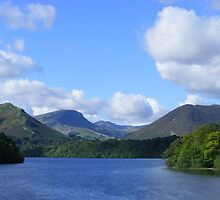 derwent water, keswick - bright and breezy! by monkeyferret