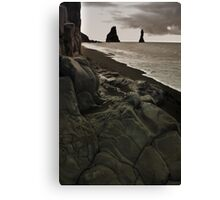 the legendary  trolls - Reynisdrangar Canvas Print