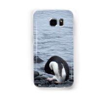 Pingu takes a bow Samsung Galaxy Case/Skin