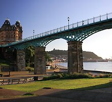 Spa Bridge. Scarborough, UK by EarlCVans