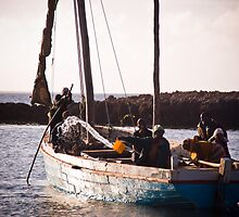 Passenger Ferry (IlhaMoç) by Tim Cowley