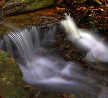 Cascades by Lolabud