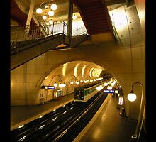 Paris Metro by alexgunawan