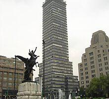La Torre Latinoamericana desde Bellas Artes by Christopher Johnson