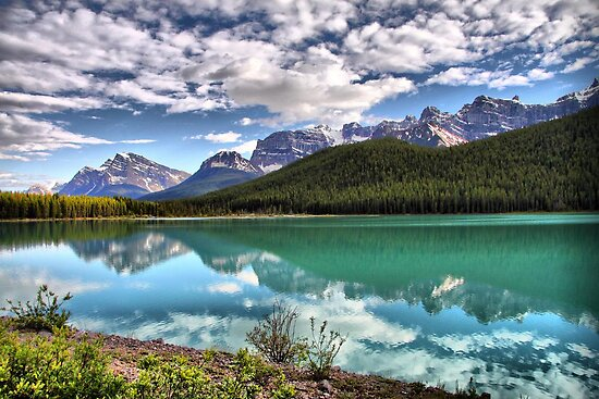 Waterfowl Lake, Banff National Park by Vickie Emms