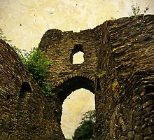 Launceston Castle (Castle Terrible), Cornwall, UK by buttonpresser