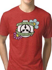 Die in the dark: Pastels  Tri-blend T-Shirt