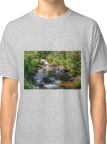 Flowing Classic T-Shirt