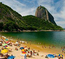 Praia Vermelho, Rio de Janeiro by Quasebart