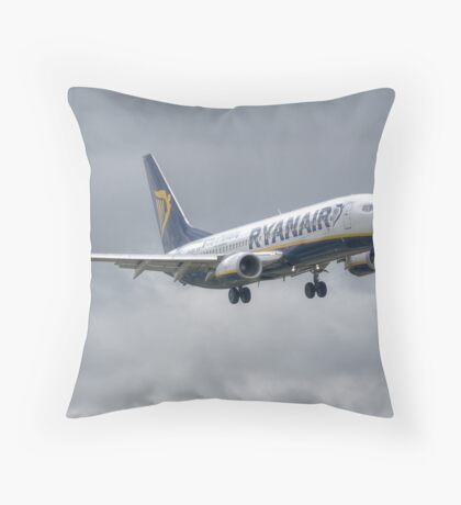 Ryanair Boeing 737 Throw Pillow