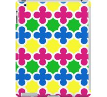 Summer Fun Colorful Quatrefoil Pattern iPad Case/Skin