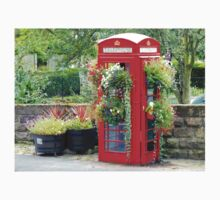 Telephone Box - Spofforth - North Yorkshire T-Shirt