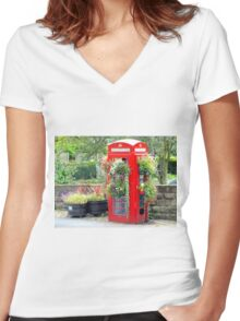 Telephone Box - Spofforth - North Yorkshire Women's Fitted V-Neck T-Shirt