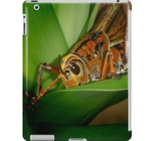 Checking out the Greenery iPad Case/Skin