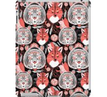 beautiful pattern  portraits of tigers and foxes iPad Case/Skin