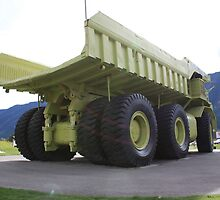 the largest truck in the world- Titan pic 2 by David M. Bull