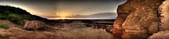 Hilbre Island Sunset by Shinobu