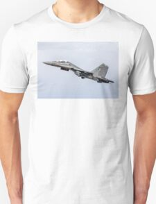 "Sukhoi Su-30MKI ""Flanker-F"" SB167 getting airborne Unisex T-Shirt"