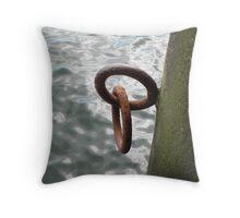 mooring link Throw Pillow