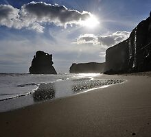 Gibsons Steps, Port Campbell by Laura Mitchell