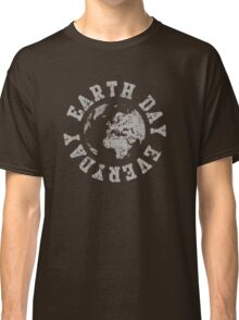 Retro Earth Day Everyday  Classic T-Shirt