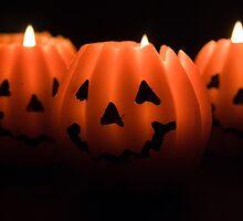 Halloween Lanterns by Lizzylocket