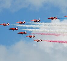 Red Arrows display team by David Fowler