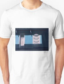 A place I dont feel alone  T-Shirt