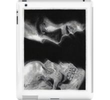 To be, or not to be... Hamlet Version I iPad Case/Skin