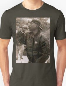 2Pac mic in hands T-Shirt
