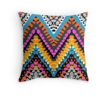 Chevron pattern wit dotted lines Throw Pillow