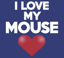I love my mouse by onebaretree