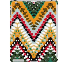 Chevron pattern with green dotted line iPad Case/Skin