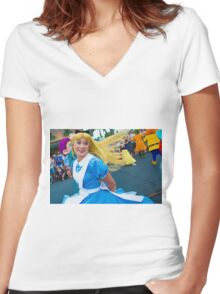 alice twirls Women's Fitted V-Neck T-Shirt