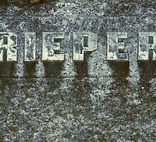 Rieper Grave by Luke Crozier