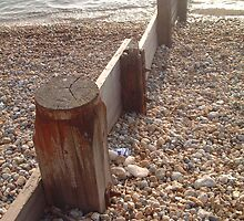 Pebbles  on the beach by rualexa