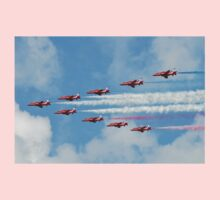 Red Arrows in flight Kids Clothes
