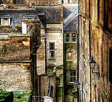 Advocate's Close, Edinburgh by Christine Smith