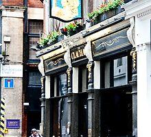Nicholson's Clachan Pub by phil decocco