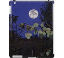 Full Moon, Tranquility, home decor, wall decor iPad Case/Skin