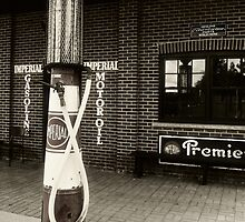 Vintage Gas Pump by sundawg7