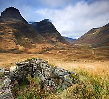 Scotland: Ghosts of Glencoe by Angie Latham