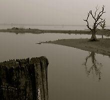 U Bein Bridge by bdoherty
